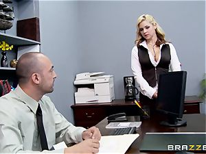 Generous boss plows sizzling assistant Sarah Vandella