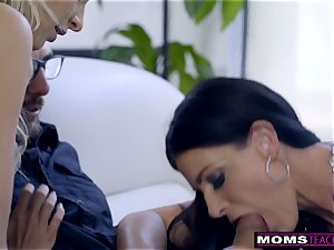mommy humps sonny And eats internal ejaculation For Thanksgiving treat