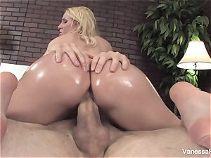 Her bouncy butt gets lubricated up and then she gets plumbed