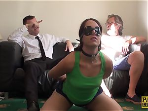 eyes covered slave Liz Rainbow gasped and nailed by Pascal