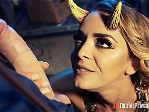 ravaging that torrid crazy devil Liza Del Sierra
