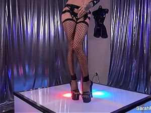 Stripper Sarah takes a thick bone from a client