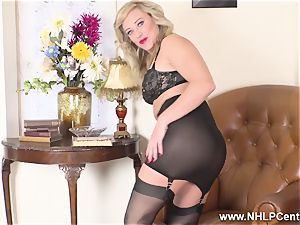 ash-blonde finger tears up humid snatch in girdle vintage nylons