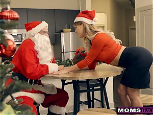 Santa's kinky Helpers In Christmas threeway S9:E7
