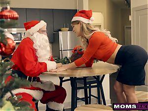 Santa's kinky Helpers In Christmas threeway S9:E7