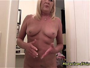 mom Plays with Herself The Has piss pee have fun Time