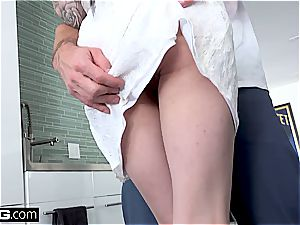 Marley Brinx gets nailed all over the kitchen counter