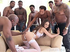 Jules Jordan - Riley Reid bi-racial gang-bang