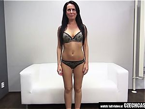 Czech cougar auditioning for porno