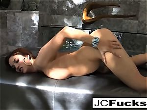 Let your eyes love the sexuality of Jayden Cole