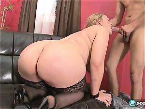Brandi Sparks, humungous rump phat ass white girl, curvaceous Gettig drilled