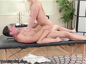 FantasyMassage Bailey Brooke On Top of massagists knob!