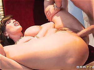 Divine mature Lisa Ann tests large dick on Olympus