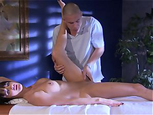 honey Alektra Blue fills her gullet with her lover's phat penis until she gasps