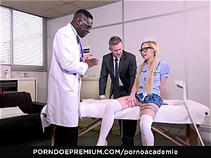 pornography ACADEMIE - assfuck three-way with blondie college girl