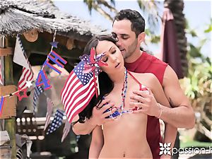 PASSION-HD Backyard 4th of July outdoor pound