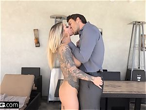 tatted nymphomaniac Karma Rx romps her neighbors spouse