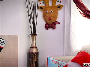 Spizoo - witness Jessica Jaymes screwing Santa Claus